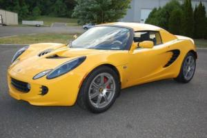 2005 Lotus Elise Base 2dr Roadster