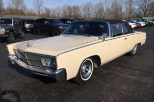 1965 Chrysler Imperial Photo