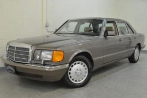 1989 Mercedes-Benz 400-Series 420SEL