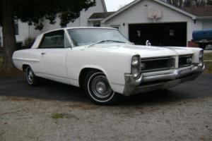 1964 Pontiac Grand Prix Photo