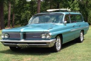 1962 Pontiac Catalina Safari 9 passenger wagon