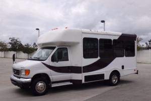 2004 Ford E-Series Van Passenger Shuttle Bus
