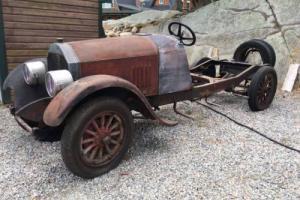 1925 Pierce Arrow Model 33