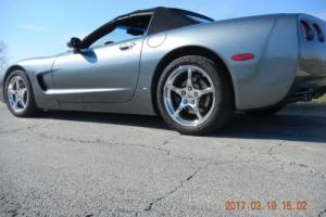 2004 Chevrolet Corvette Photo