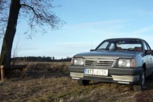 1987 Opel LS Photo