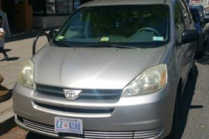 2005 Toyota Sienna Photo