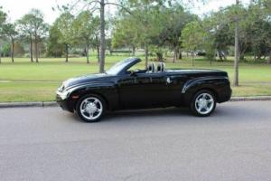 2004 Chevrolet SSR LS 2dr Regular Cab Convertible Rwd SB