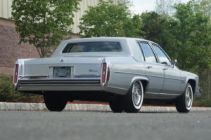 1982 Cadillac Fleetwood Photo