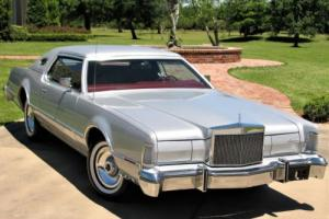 1976 Lincoln Mark Series Photo