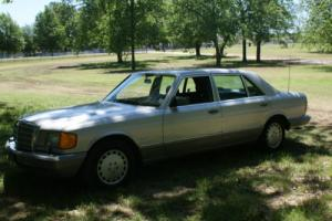 1987 Mercedes-Benz 300-Series Photo