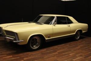 1965 Buick Riviera Photo