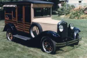 1932 Dodge Woody Photo