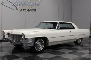 1965 Cadillac Calais Photo