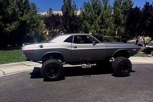 1972 Dodge Challenger custom Photo