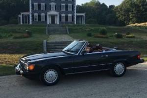 1987 Mercedes-Benz 500-Series 560 SL