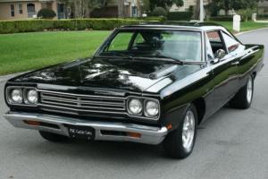 1969 Plymouth Road Runner REAL BLACK/BLACK - BUCKETS - 2K MI