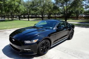 2015 Ford Mustang Performance Package Photo