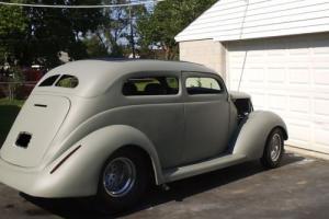 1937 Ford  SEDAN SLANTBACK