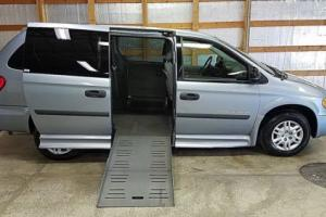 2006 Dodge Grand Caravan Handicap Wheelchair Van