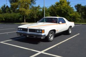 1977 Pontiac Le Mans Photo