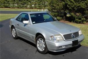 1997 Mercedes-Benz SL-Class -- Photo