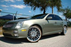 2005 Cadillac STS Photo