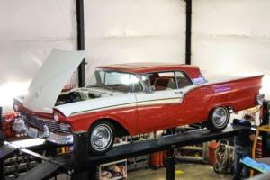 1957 Ford Fairlane Retractable hardtop