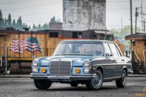 1972 Mercedes-Benz 200-Series Photo