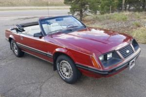 1983 Ford Mustang --