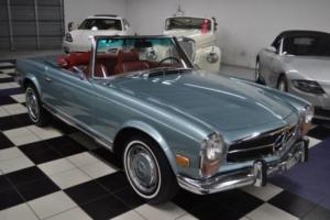 1970 Mercedes-Benz SL-Class Photo