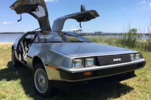 1982 DeLorean DeLorean