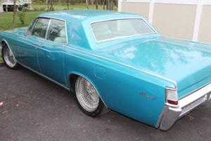 1969 Lincoln Continental Photo
