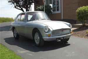 1967 MG GT --