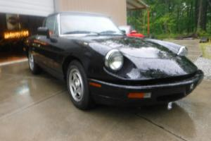 1991 Alfa Romeo Spider Photo