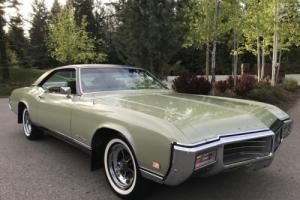 1969 Buick Riviera Photo