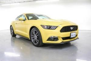 2016 Ford Mustang EcoBoost Premium Photo