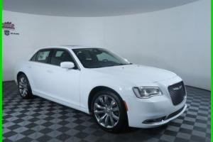 2016 Chrysler 300 Series