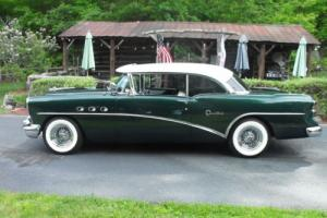 1954 Buick Century Photo