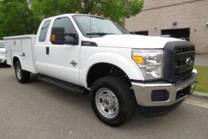 "2016 Ford F-350 XL READING BODY 4WD SUPERCAB 162"" WB"