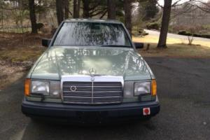 1989 Mercedes-Benz 300-Series