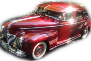 1941 Pontiac Silver Streak Photo