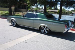 1971 Lincoln Mark Series Coupe Photo