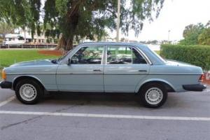 1984 Mercedes-Benz 300 Series 300D-T Photo