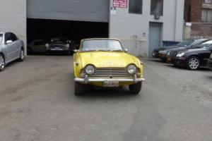1967 Triumph TR4A IRS Photo
