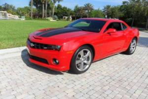 2010 Chevrolet Camaro SS 2dr Coupe w/2SS Coupe 2-Door Automatic 6-Speed