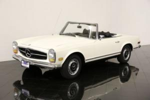1969 Mercedes-Benz 200-Series