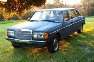 1985 Mercedes-Benz 300-Series Photo