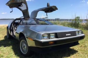1982 DeLorean DeLorean