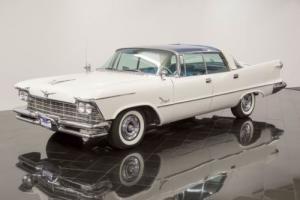 1957 Chrysler Imperial Photo