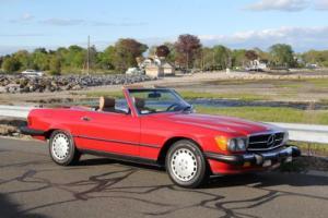 1988 Mercedes-Benz 500-Series 560SL Photo